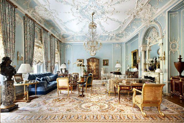 Roman abramovich dasha zhukova buying new york apartment for Buying apartment in nyc