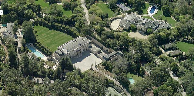 Suzanne Saperstein S Mansion Back On The Market For 125