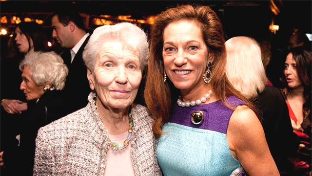 Wife Of Rich Weirdo Robert Durst Sells Apartment For 4