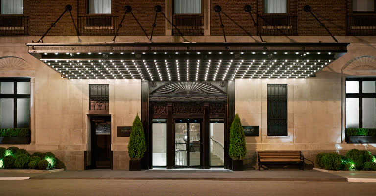 Virgins and aces challenge ian schrager 39 s chicago boutique for Hotel entrance decor