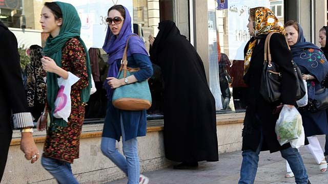 Muslim Women Sue in US Courts for Right to Wear Islamic Garb on ...