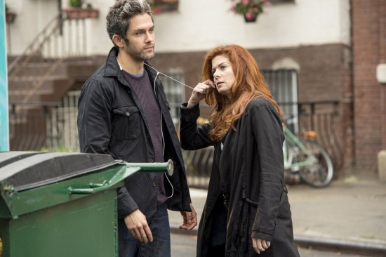 Debra Messing S Mysteries Of Laura Gets A Second Chance