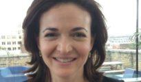 Sheryl Sandberg offers family leave