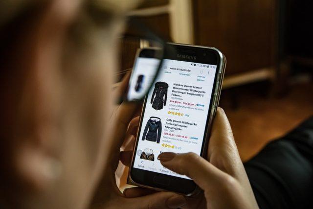 online-Mobile Shopping 2900303_960_720