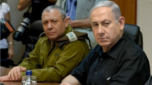 Prime Minister Benjamin Netanyahu with IDF Chief of Staff Gadi Eizenkot (Photo Amos Ben GershomGPO)