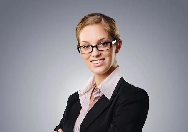 business-woman-CEO Pixabay 2697954_960_720